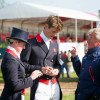 Yogi Breisner briefs William Fox-Pitt and Nicola Wilson