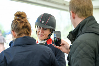 Sarah Bullimore chatting about her round