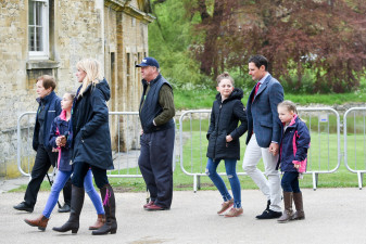 It's a family affair - Team Bragg head down to the first horse inspection