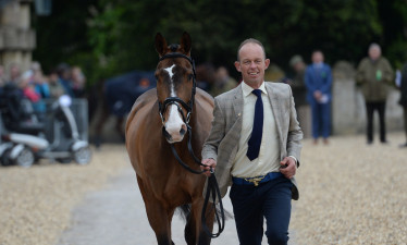 Irishman, Jonty Evans enjoying his time at the first horse inspection
