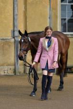 Clara Loiseau looking pretty in pink