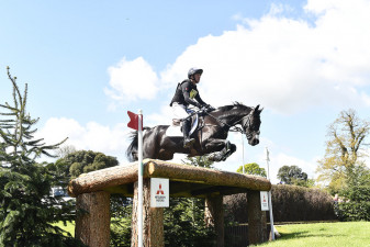 Super shot of Cillnabradden Evo on the way to completing his first Badminton XC round