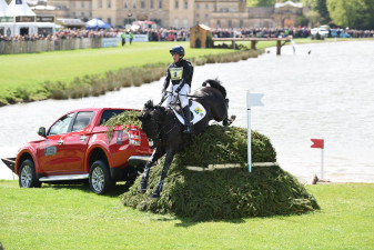 Dressage leaders, Oliver Townend and Cillnabradden Evo leaving The Lake with L200s