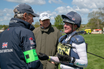 Nicola Wilson talks through her round with Christopher Bartle