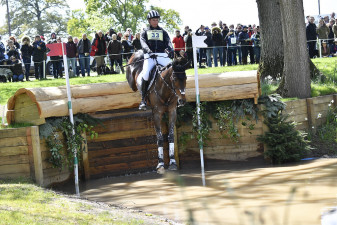 Jesse Campbell and Cleveland flying into the Hildon Water pond
