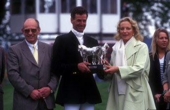 1996 Mark Todd NZL being presented with trophy by Princess Michael with Stephen Dixon of Mitsubishi