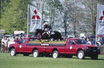 1998 Mark Todd riding Broadcast News