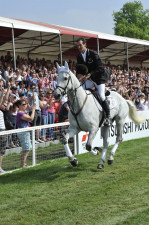 2011 Mark Todd riding NZB Land Vision - winner of the 2011 event