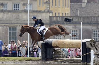 Jonathan Paget riding Clifton Lush NZL
