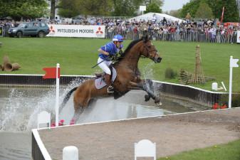 2008 Nicolas Touzaint riding Hildago De L'Ile
