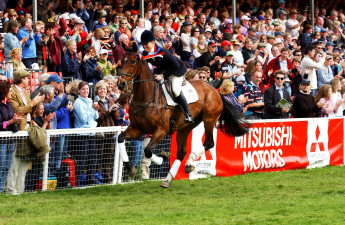 2003 the first in two consecutive wins for Pippa Funnell and Supreme Rock