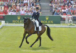 Dani Evans riding Raphael II GBR