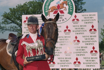 1995  Winner Bruce Davidson (USA) with Eagle Lion and the Mitsubishi Motors Trophy