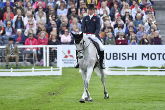 New World no.1, Oliver Townend riding Ballaghmor Class into first place