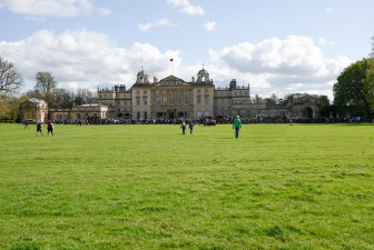 Crowds beginning to gather in front of Badminton House, ready for the first horse inspection