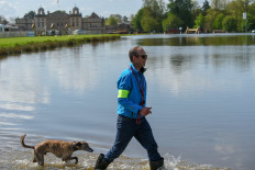 Jonty looking jolly whilst walking the course
