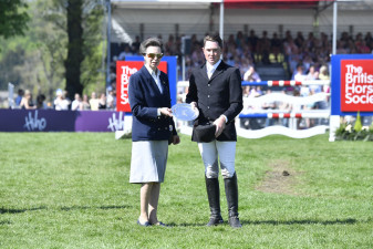 The Princess Royal presents Silver Jubilee Plate for the best Owner/Rider to James Sommerville GBR